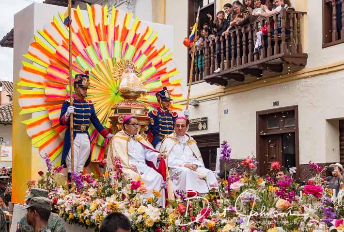 Pase de Niño 2016, Cuenca, Ecuador - Bishop